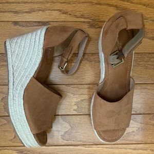 Universal Threads Espadrille Wedges